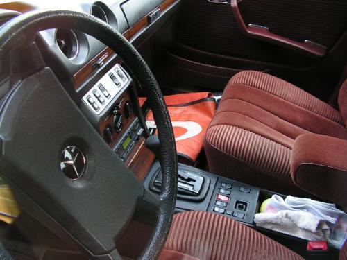 MERCEDES-Benz Anciennes / W123 - Options et Accessoires Rares :